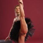Nude ballet erotica in a bordeaux studio