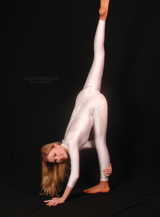 Naked Gymnastics Gallery 112