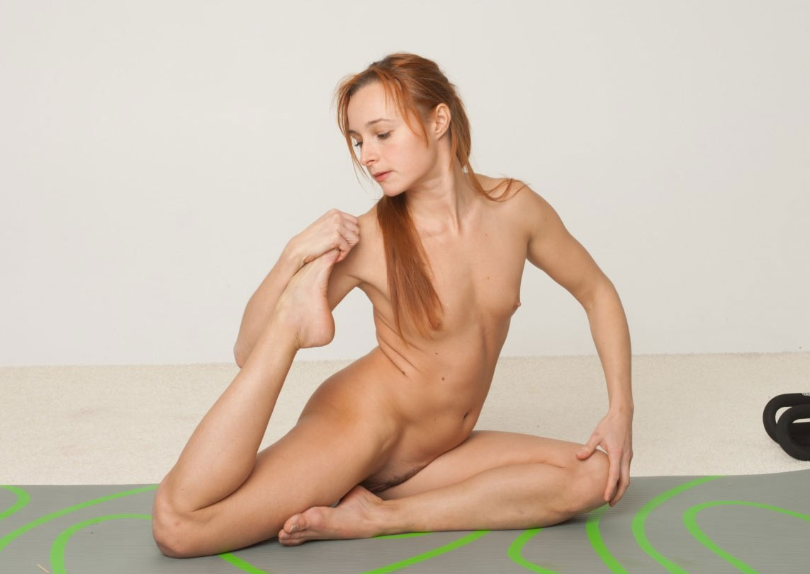 Nude yoga photo