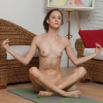 Nude yoga show of sexy yoga instructor showing super flexible body