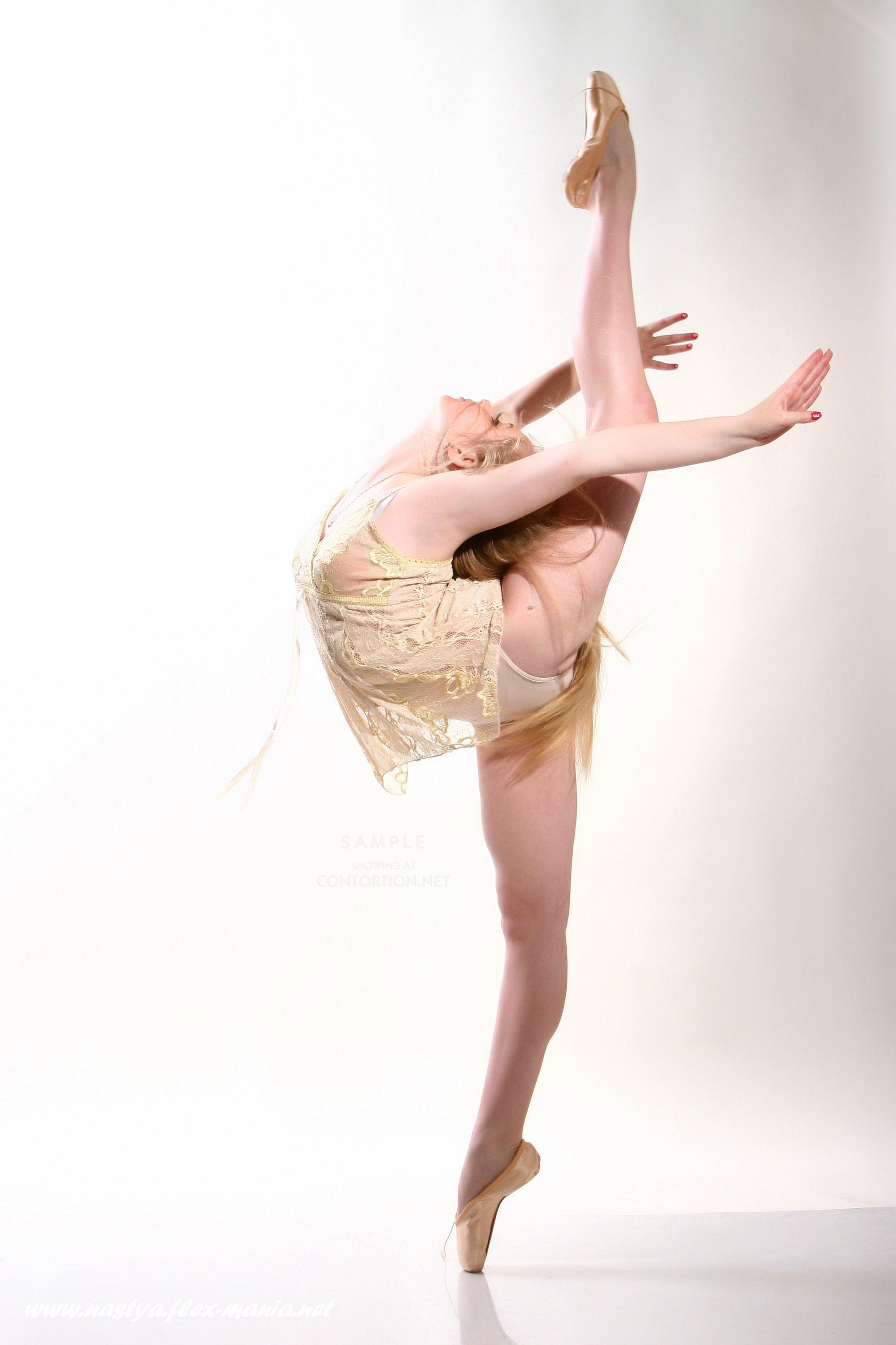 girl Sexy nastya flexible