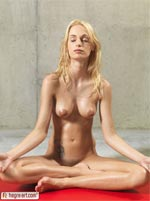 Nude yoga preview picture