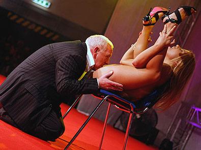 Sexy flexy girl pics, topless brazil girl