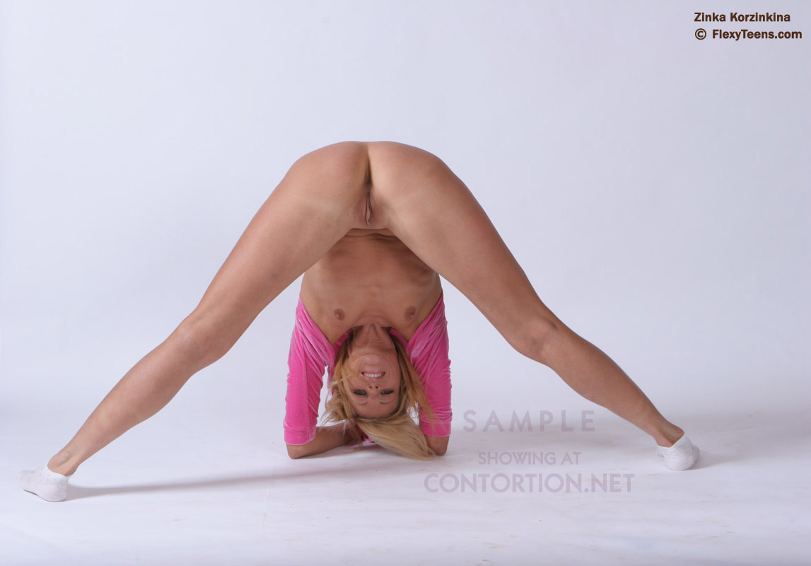 Sexy flexible girls naked