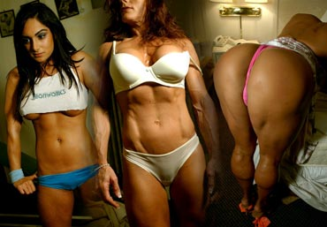 Naked female bodybuilders