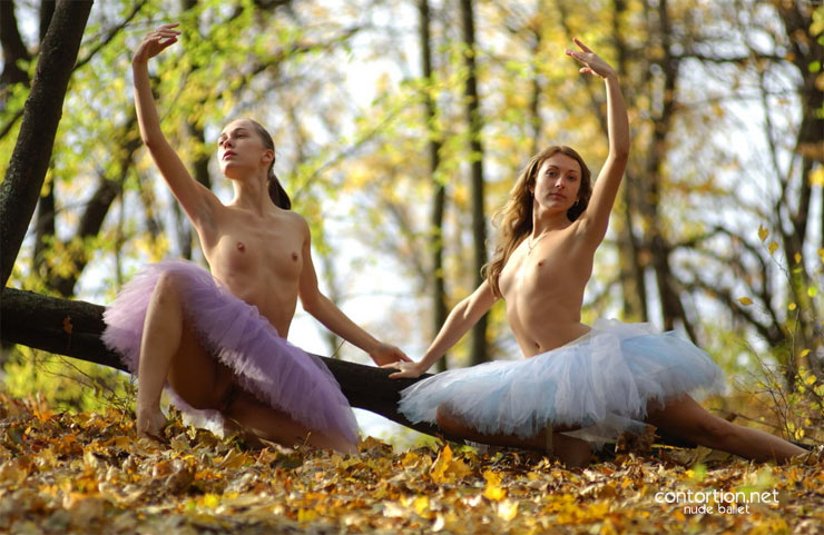 Free nude ballerinas