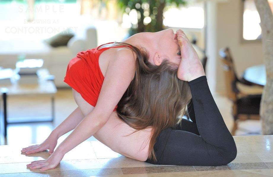 Hot flexible girl