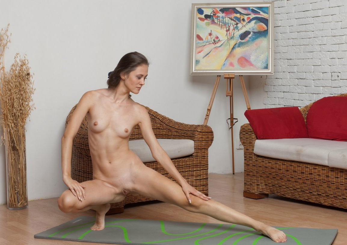 nude yoga female sex