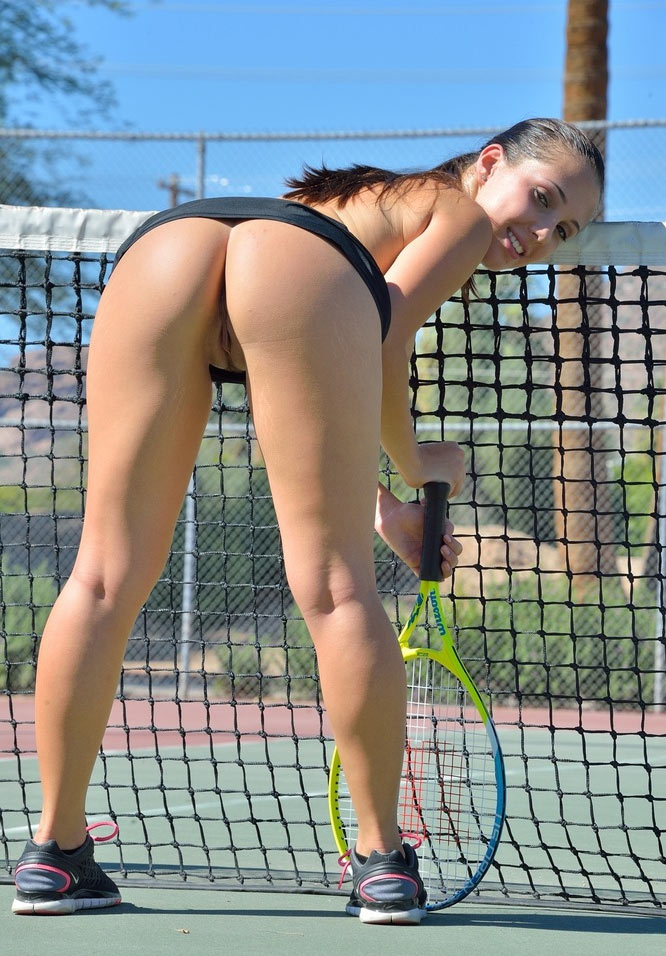sexy ladies playing tennis
