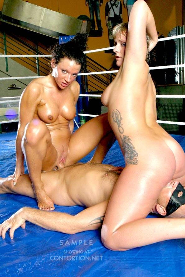 girls sex naked fight